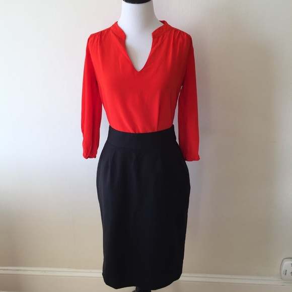 Calvin Klein Dresses & Skirts - Calvin Klein pinstripe pencil skirt - size 6